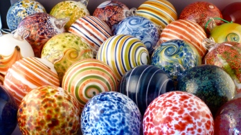 Hand blown glass ornaments - Kringle's Dingles 2012